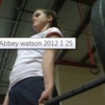 13-årig flicka slår världsrekord i styrkelyft