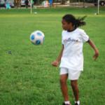 Hälsofarorna med damfotboll – vanliga hälsoproblem för unga tjejer i samband med hård fotbollsträning