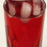 Tranbärsjuice hjälper inte mot urinvägsinfektioner enligt ny forskning