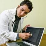 Läkare Googlar patienters symptom – hur tillförlitliga diagnoser ger sökmotorn egentligen?