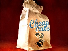 Det finns flera bra sätt att dra ner på matkostnaderna